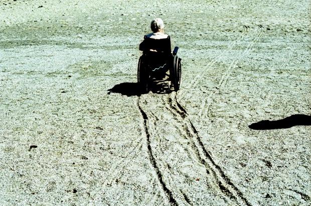 Opiekunowie niepełnosprawnych: ochłapy, puste obietnice i niesprawiedliwy system