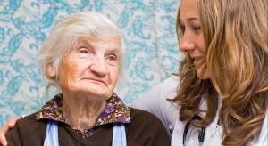 Młodzi Polacy chcą opiekować się brytyjskimi emerytami
