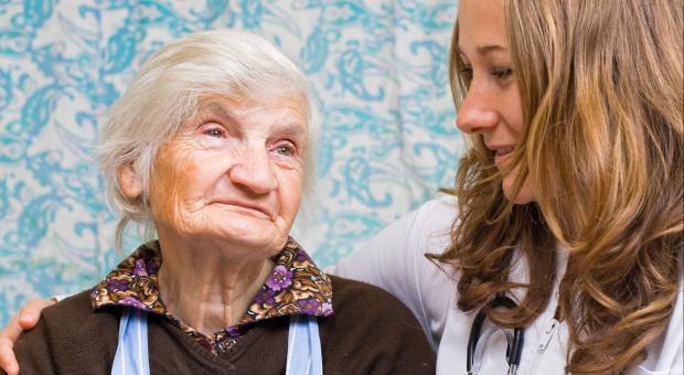 RPO: państwo powinno także pamiętać o nieaktywnych i wykluczonych najstarszych