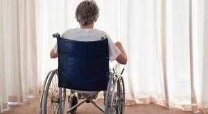 Pensjonariusz zakładu opieki zostaje sam w święta