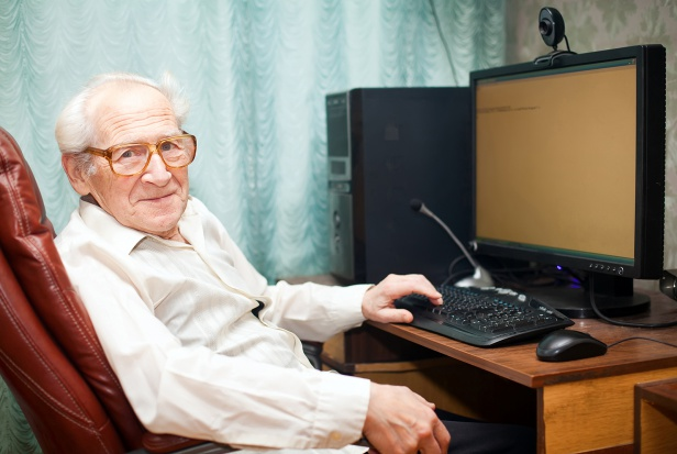 W stolicy powstały Punkty Cyfrowego Wsparcia Seniora