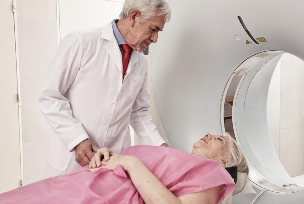 """Braki kadrowe: """"starzejące się społeczeństwo to także starzejące się środowisko lekarskie"""""""