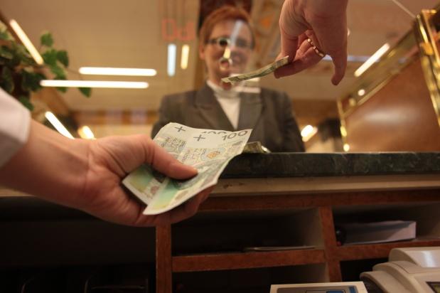 Senat chce ułatwić dostęp do rachunków bankowych osób zmarłych