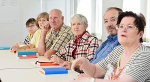 Wykształceni Polacy żyją dłużej - różnice są znaczące