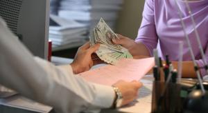 Szybko rośnie liczba zadłużonych seniorów