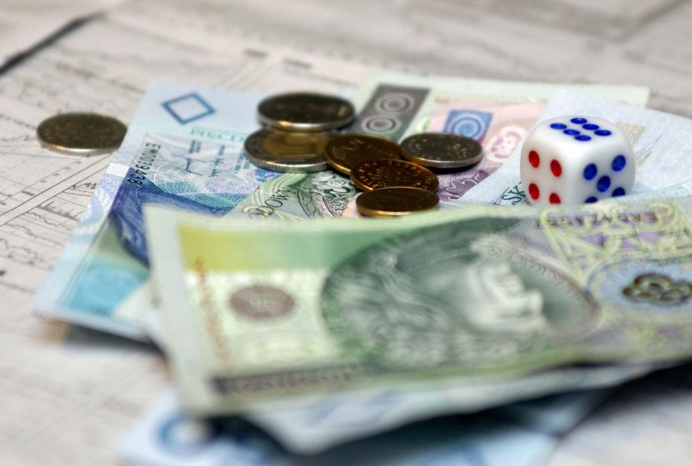 Bank Światowy zaleca Polakom oszczędzanie