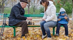 """Stowarzyszenie """"Przebiśnieg"""": zapytaj babcię i dziadka o zdrowie"""