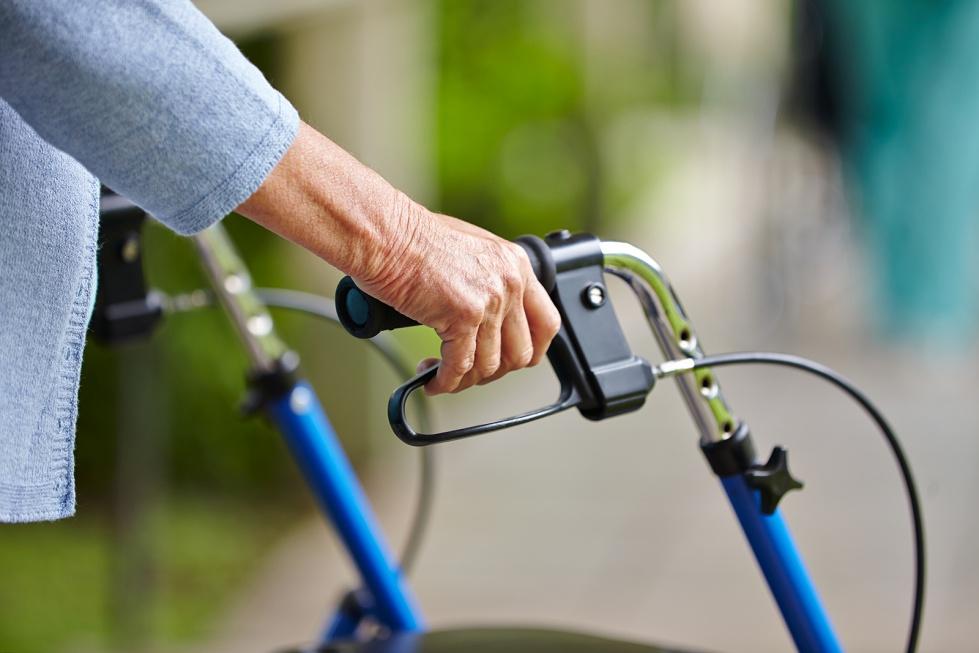 Upadki osób starszych: niebezpieczne, a nawet śmiertelne