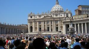 Papież: domy opieki dla seniorów nie mogą być więzieniami