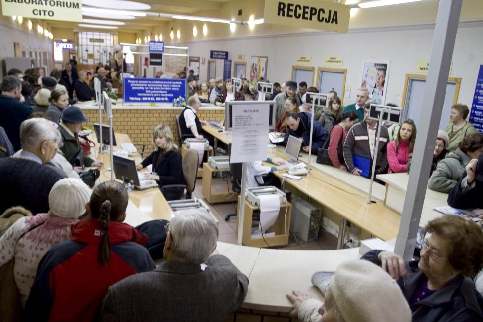Lublin: odmówili pomocy 76-latkowi na pogotowiu i w przychodni