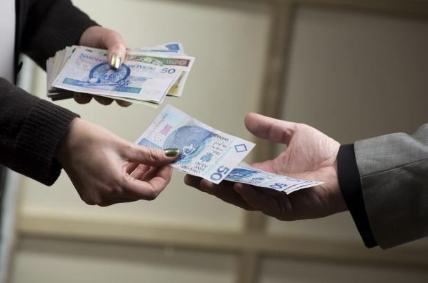 Ekspert: ZUS nie przestanie nagle wypłacać emerytur i rent