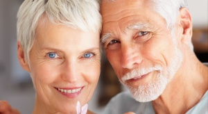 Odkryto gen siwienia. Z badań skorzysta kosmetyka?