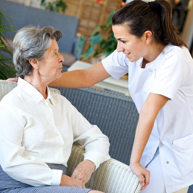 """Świętokrzyskie: """"tak"""" dla programu na rzecz osób starszych"""