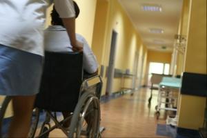 Taryfikacja opieki paliatywnej i hospicyjnej: AOTMiT wydłuża termin