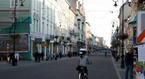 """Łódź """"kurczy się"""" demograficznie. Co zrobić?"""