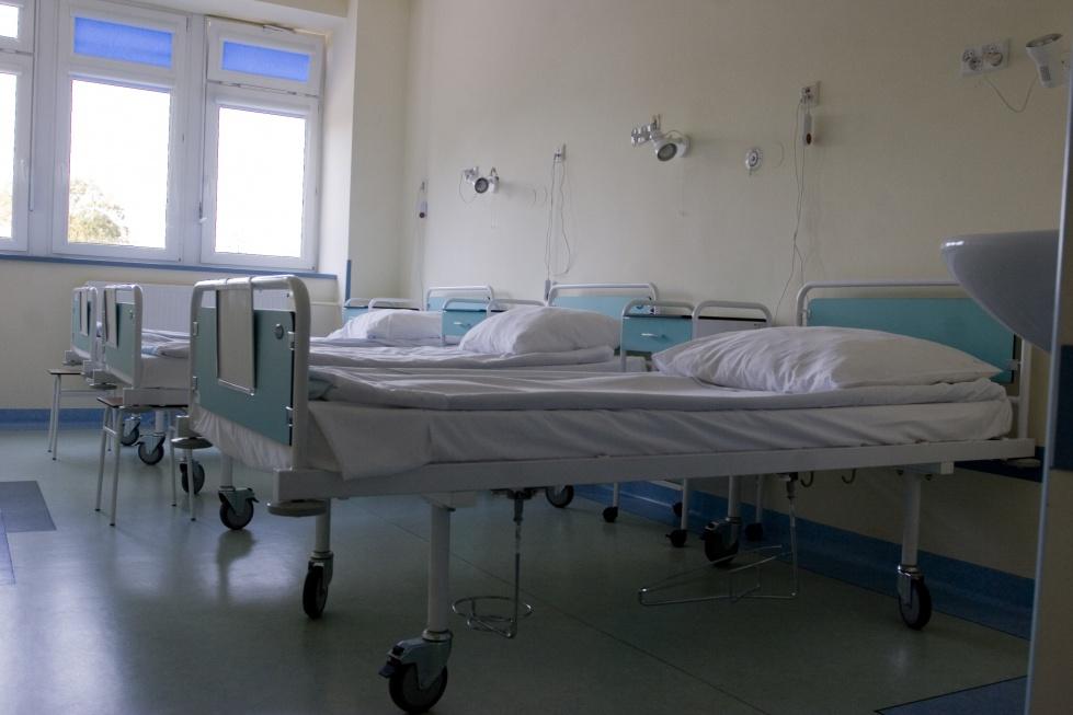 Mieszkańcy Warszawy coraz starsi: problemy z hospitalizacją
