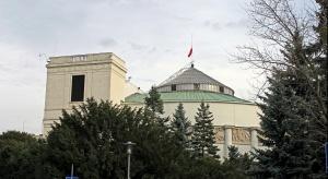 Sejm zdecydował: 75 proc. najniższych emerytur wolne od egzekucji komorniczej