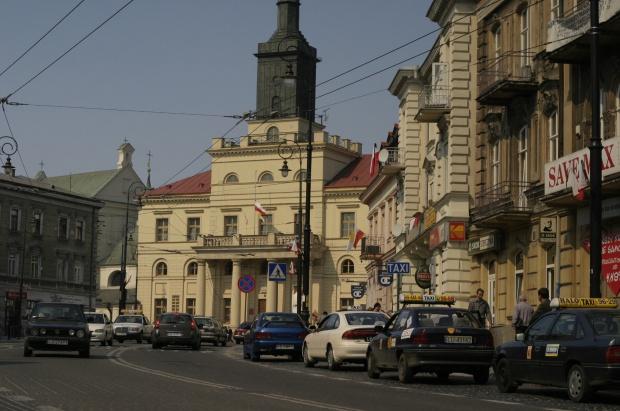 Ostry spór w Lublinie ws. sprzedaży działki na kościół i dom opieki