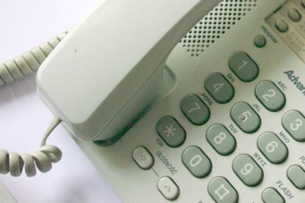 """W Łodzi ruszył """"telefon życzliwości"""" dla seniorów"""