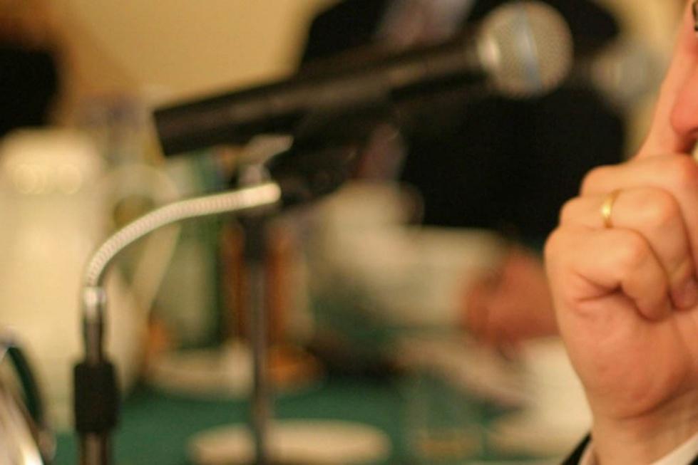 Wybory 2015: politycy obiecują seniorom, eksperci oceniają