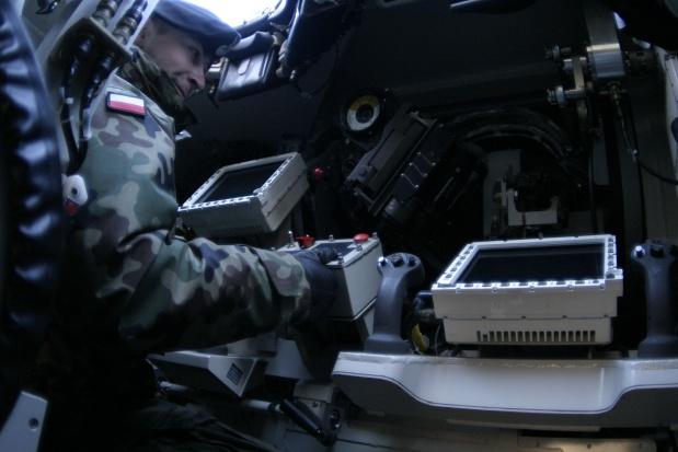 Rząd przedstawił projekt zmniejszenia emerytur wojskowych za służbę w PRL