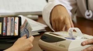 Kasa fiskalna w każdym gabinecie - lekarz emeryt zrezygnuje z praktyki?