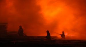 USA: tragedia w domu spokojnej starości, pożar i strzelanina