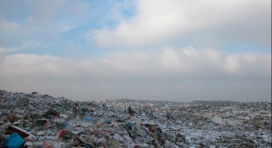 Ostrołęka: pensjonariusze DPS posprzątali brzegi Narwi