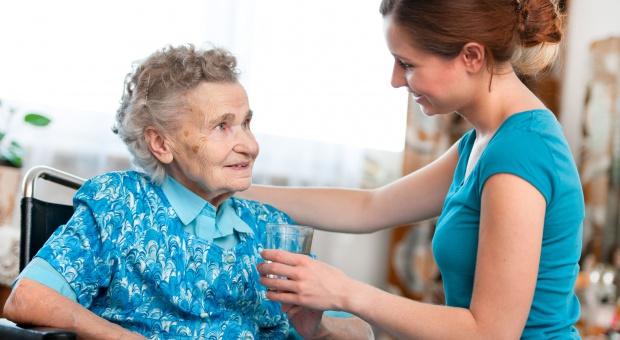 NIK: 20 proc. gmin nie zapewnia osobom starszym opieki w miejscu zamieszkania