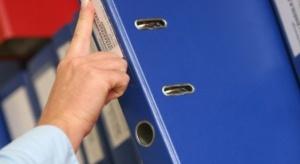 Zła wiadomość dla emerytów. Nielegalne archiwa obniżą im świadczenie