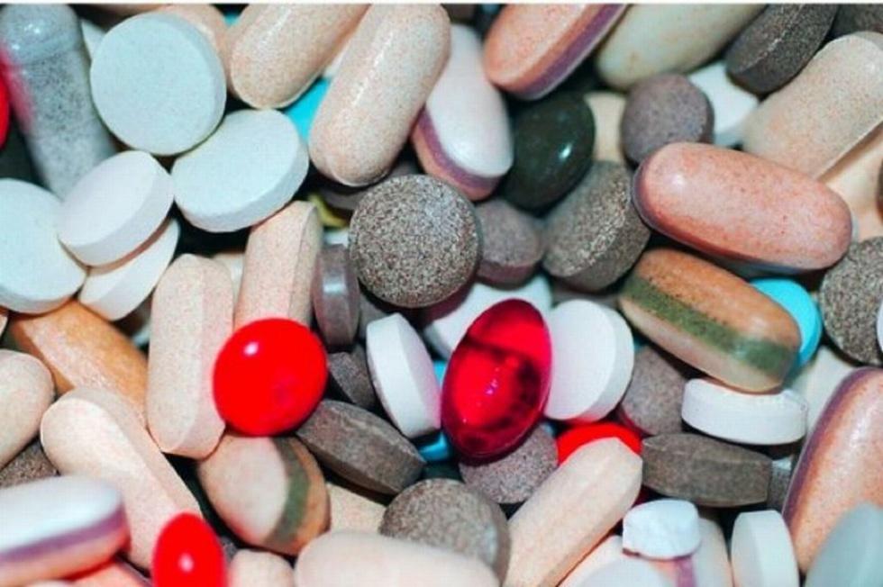 Niebezpieczne rekordy: 90-latek z Łódzkiego zażywał ponad 30 leków