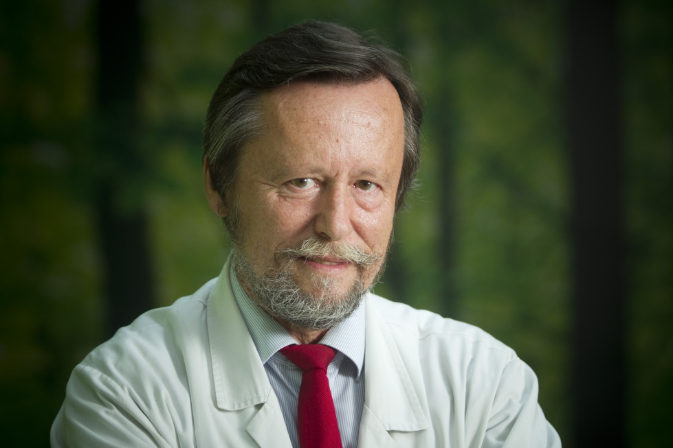 Prof. Imiela: leczenie osób w podeszłym wieku spada na głowy internistów