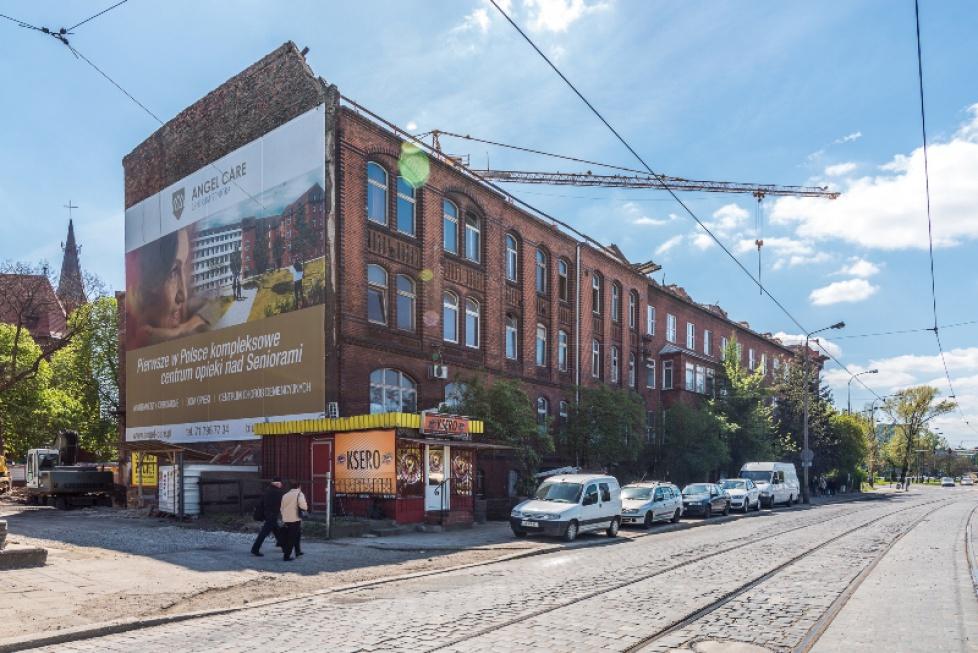 Wrocław: już pół roku budują luksusowy dom opieki