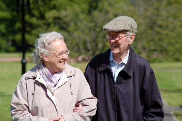 Badania: kobiety żyją dłużej, ale mężczyźni są zdrowsi