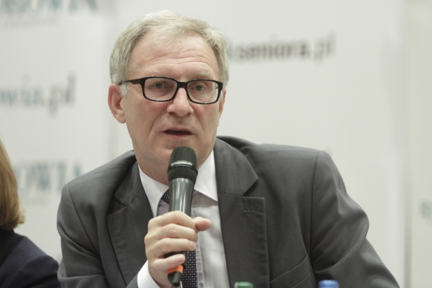 """Poseł Latos: w pracach nad """"ustawą 75 +"""" nie ma opóźnienia"""