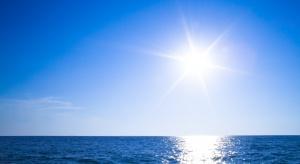 Jak chronić się przed udarem cieplnym? Podstawowe zalecenia lekarzy