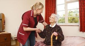 Opolskie: Ukraińcy wpierają system opieki nad seniorami