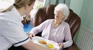 Okiem opiekunki, czyli blaski i cienie pracy w domu pomocy społecznej