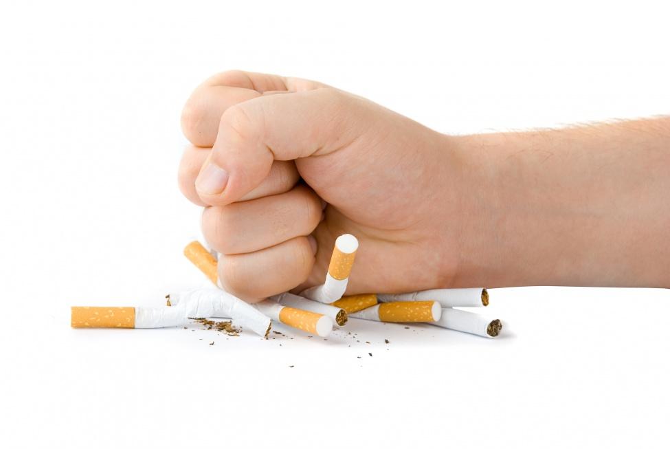 Bierne palenie to większe ryzyko udaru mózgu