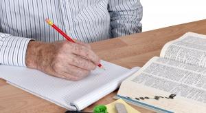 Lifelong learning w praktyce. 73-latek z Opolskiego właśnie ukończył studia
