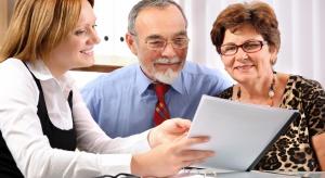 NIK: oszuści żerują na seniorach, rzecznicy konsumentów nie zapewniają pełnej ochrony