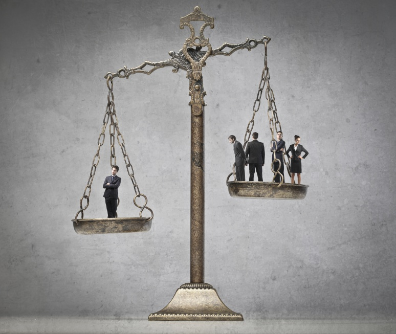 W całym kraju ruszyły punkty bezpłatnej pomocy prawnej. Jest spore zainteresowanie