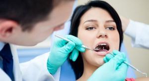 Zęby poinformują o ryzyku zachorowania na alzheimera i parkinsona