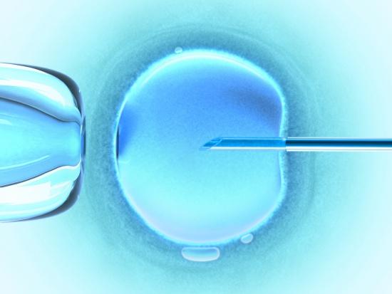 In vitro w starszym wieku? W Polsce nie ma żadnych obostrzeń
