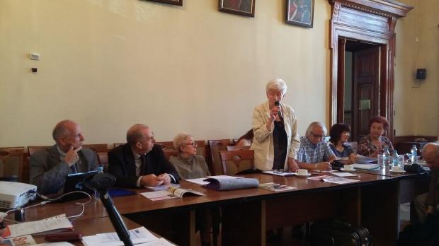 Warszawska dzielnica wybiera radę seniorów