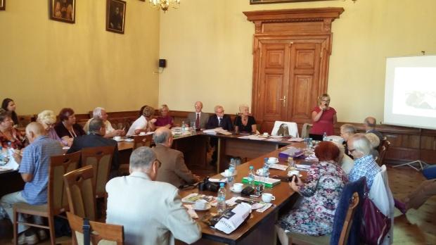 Augustów chce powołać radę seniorów. Trwają prace nad jej statutem