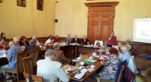 Urzędnicy miejscy z Krakowa szukają kandydatów do rady seniorów