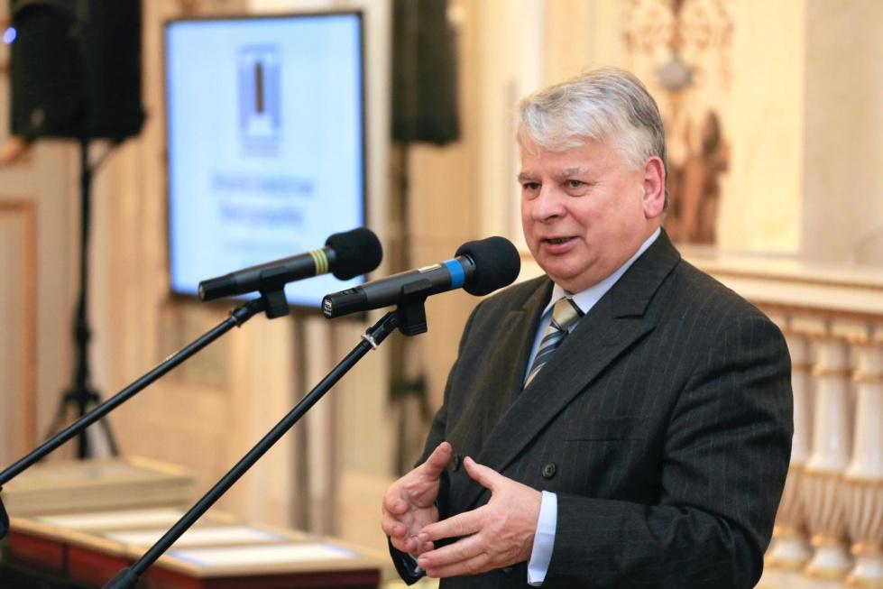 Borusewicz: cofnięcie reformy emerytalnej uderzy w finanse państwa