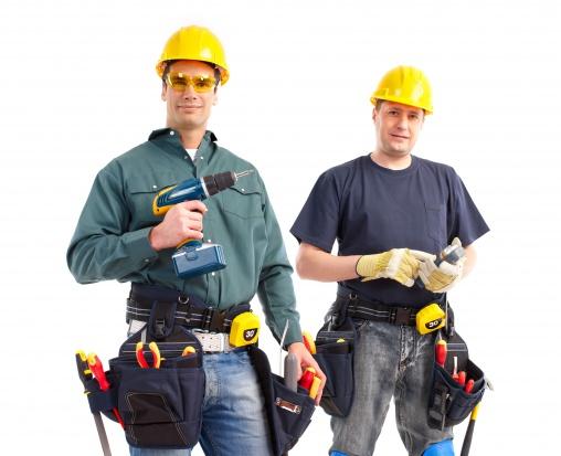 Podlaskie: pracownicy remontują DPS w Uhowie
