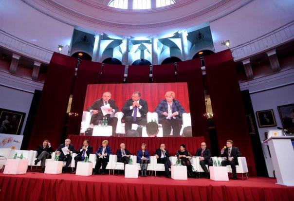 O polityce senioralnej na Międzynarodowym Kongresie Zdrowego Starzenia